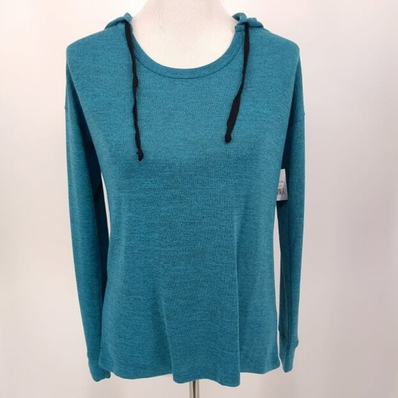 Cloud Chaser Tops - New Cloud Chasers Large Casual Top Hooded Robins